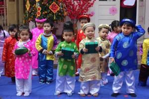 """Hội chợ Tết chào xuân 2015 – """"Bé vui đón Tết"""" – Ngày hội tưng bừng của các bé trường Dream House"""