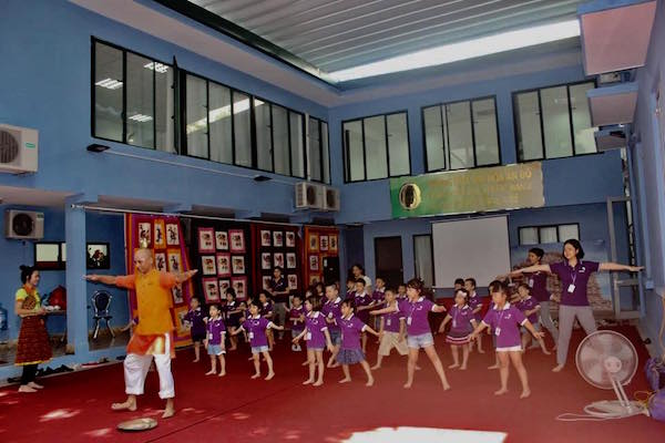 Chương trình tham quan Trung tâm văn hóa Ấn Độ thật vui!